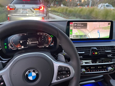 2021 BMW 540i with CarPlay