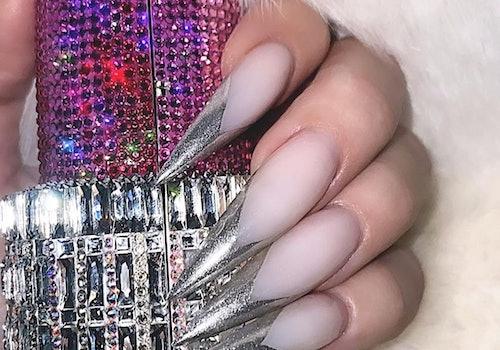 khloe kardashian manicure