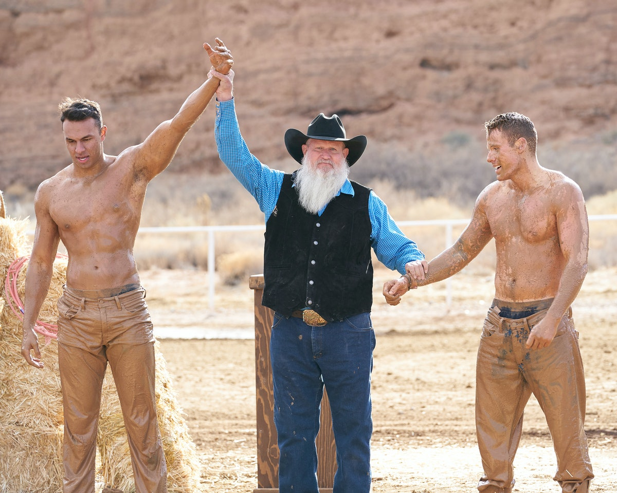 Aaron and Cody mud wresting on Season 17 of 'The Bachelorette'