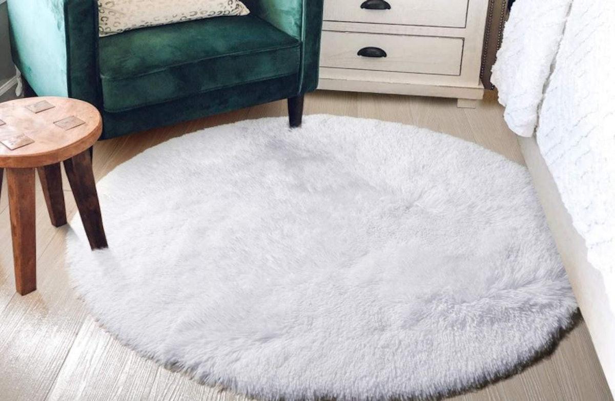 Amdrebio Fluffy Circle Rug