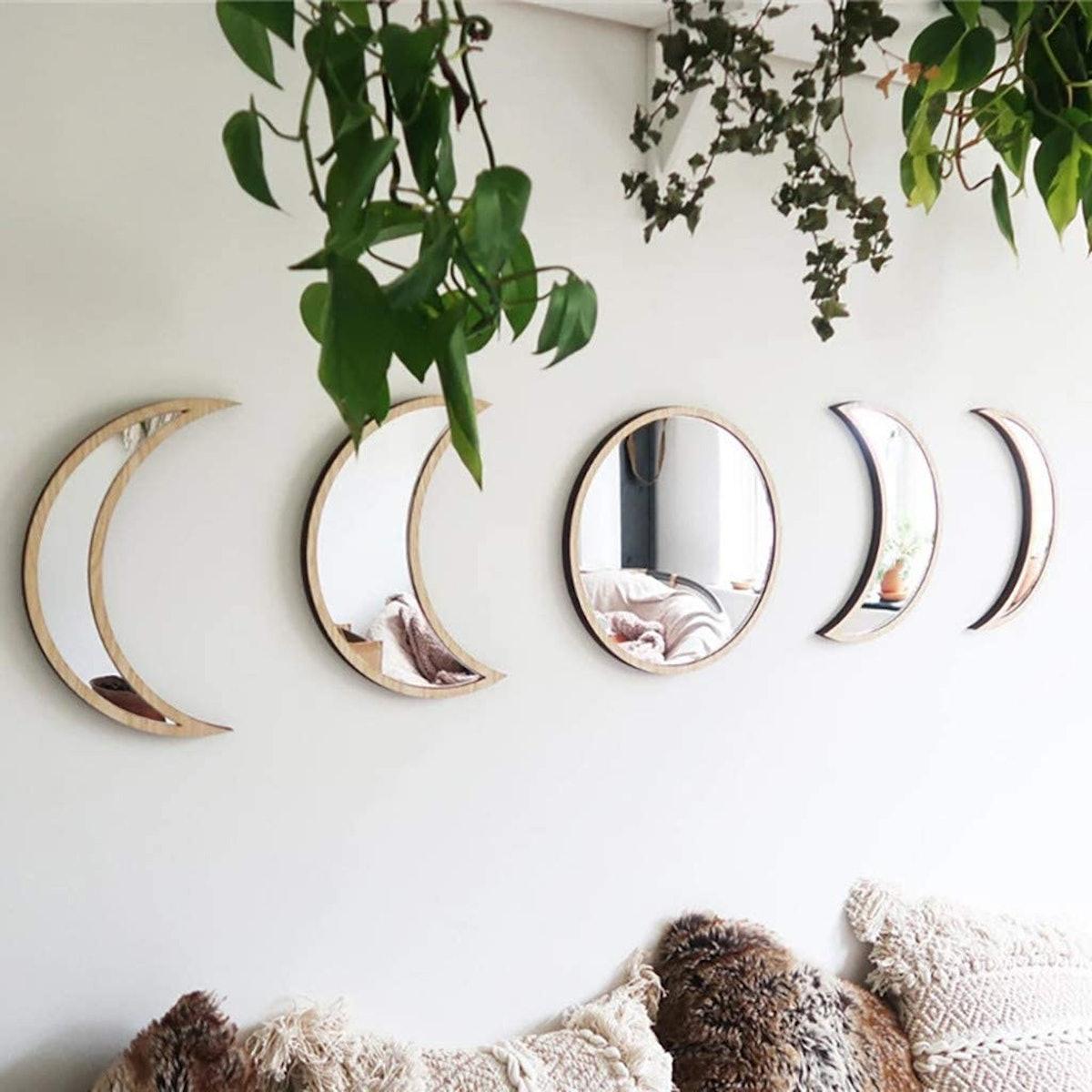 Scandinavian Natural Decor Moon Phase Mirrors (5 Pieces)