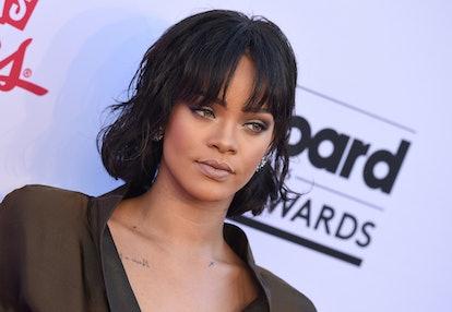 Rihanna sporting a shag cut with curtain bangs at the 2016 Billboard Awards.