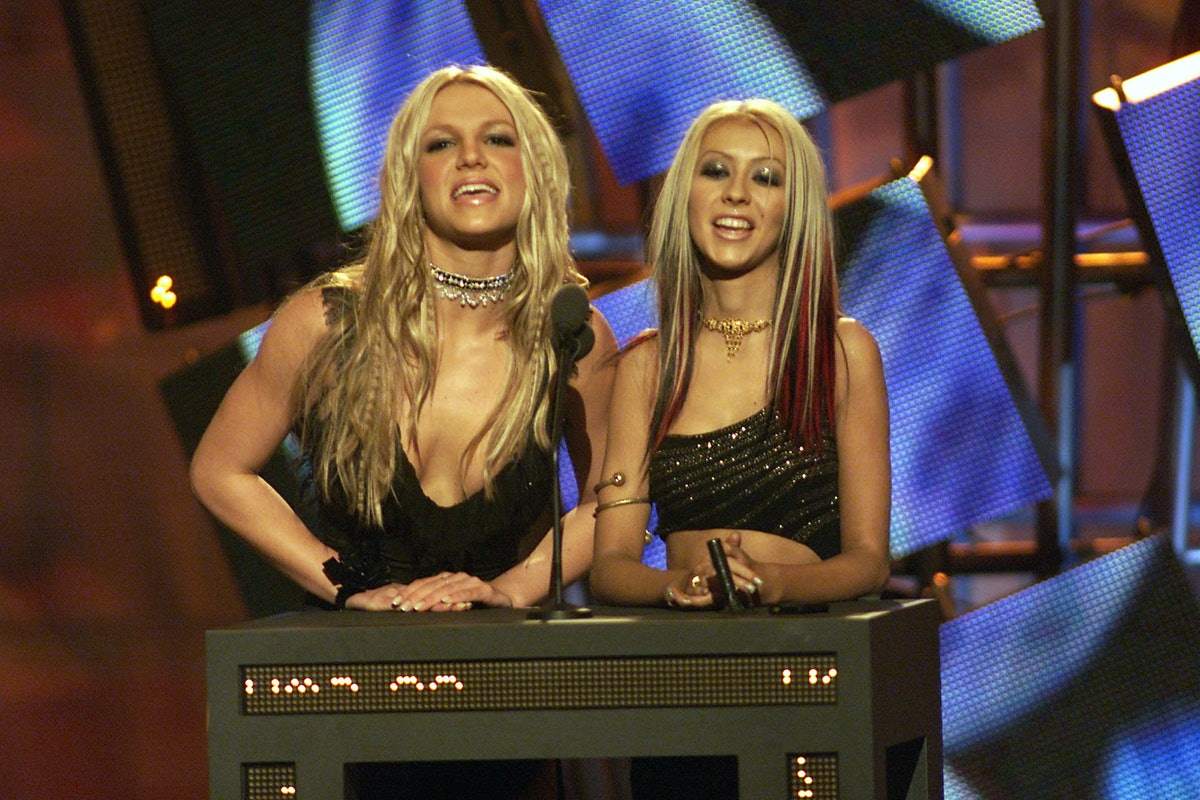 Christina Aguilera Shows Support For Britney Spears