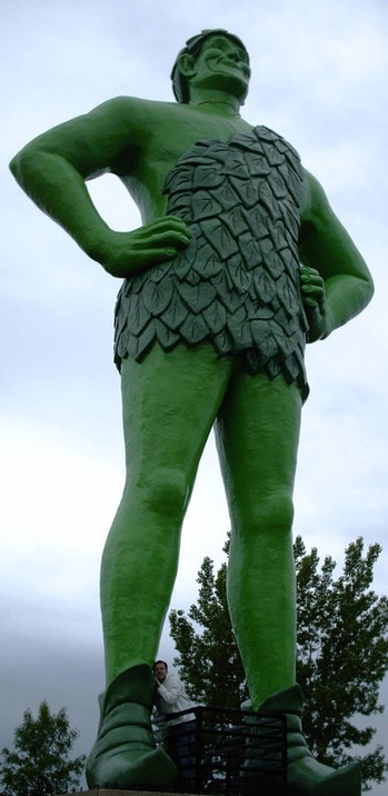 jolly green giant statue