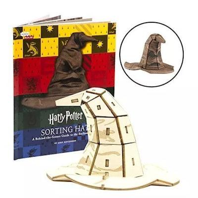 'Harry Potter' Sorting Hat Book & Wood Model Figure Kit
