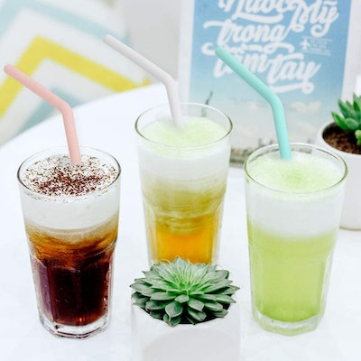 HIWARE Reusable Silicone Straws (12 Pack)