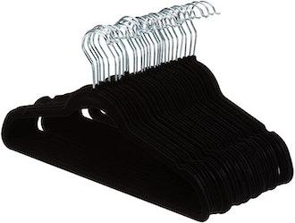 Amazon Basics Slim Velvet Non-Slip Hangers (30-Pack)