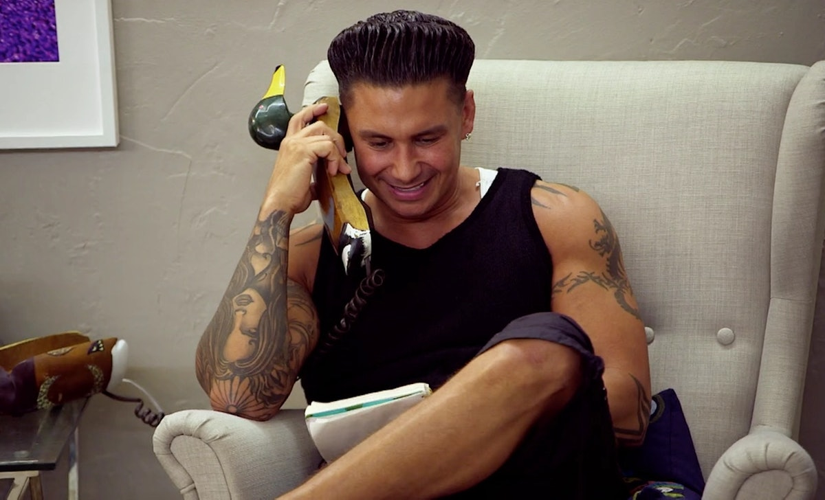Pauly D exhibits the attributes of a Cancer zodiac on 'Jersey Shore.'