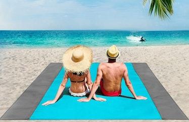 ISOPHO Oversized Beach Blanket