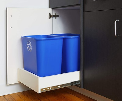 United Solutions Recycling Wastebasket