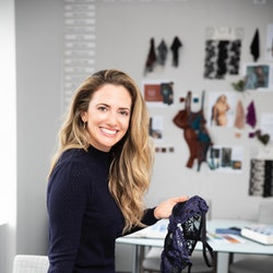 Wacoal exec Miryha Fantegrossi discusses the brand's new bra fitting app and the style she predicts ...