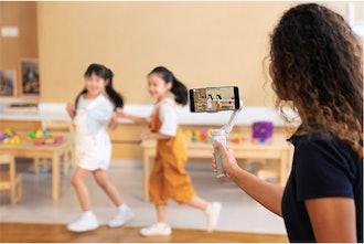 DJI OM 4 Handheld 3-Axis Smartphone Gimbal Stabilizer