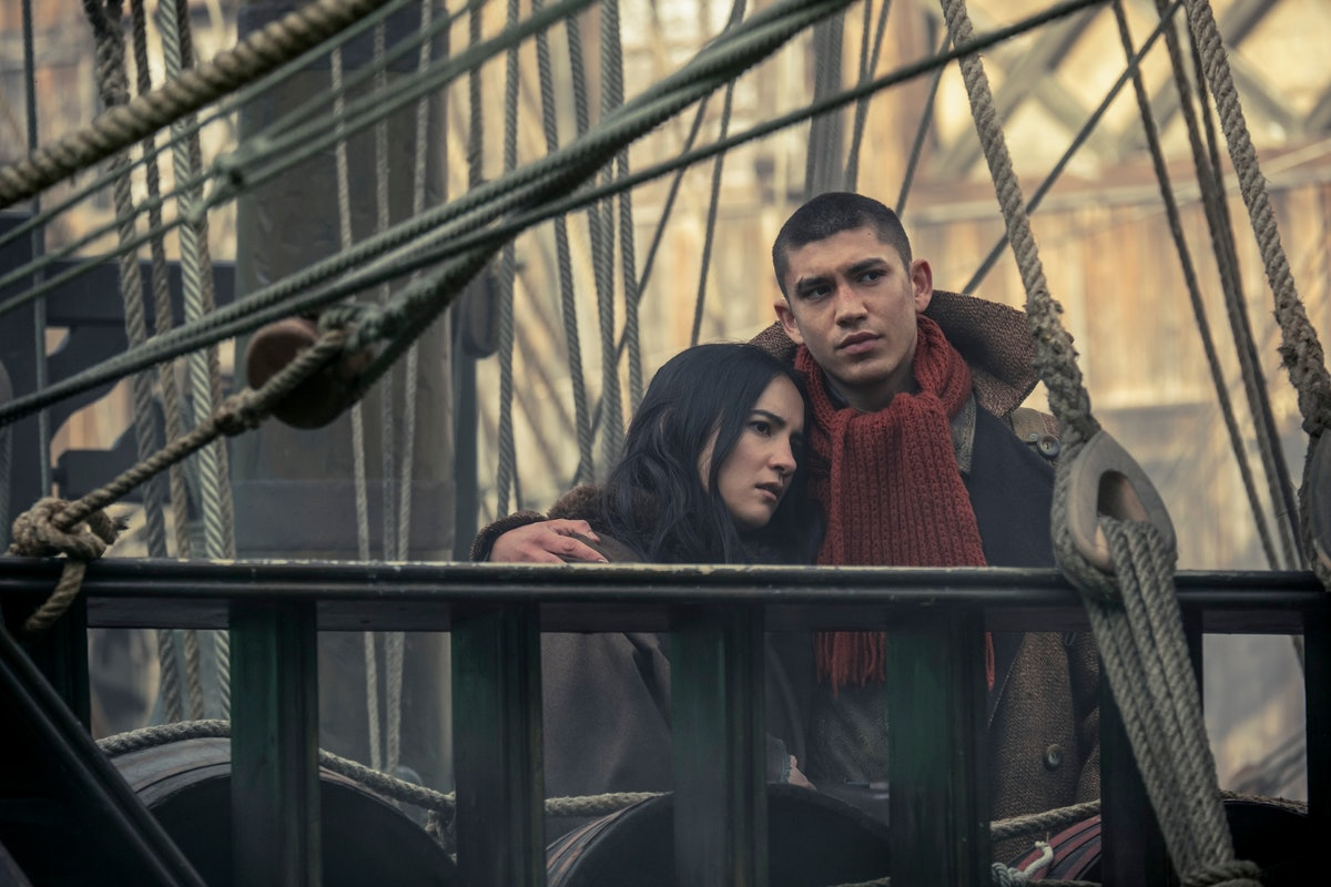 JESSIE MEI LI as ALINA STARKOV and ARCHIE RENAUX as MALYEN ORETSEV in the final moments of SHADOW AND BONE Season 1