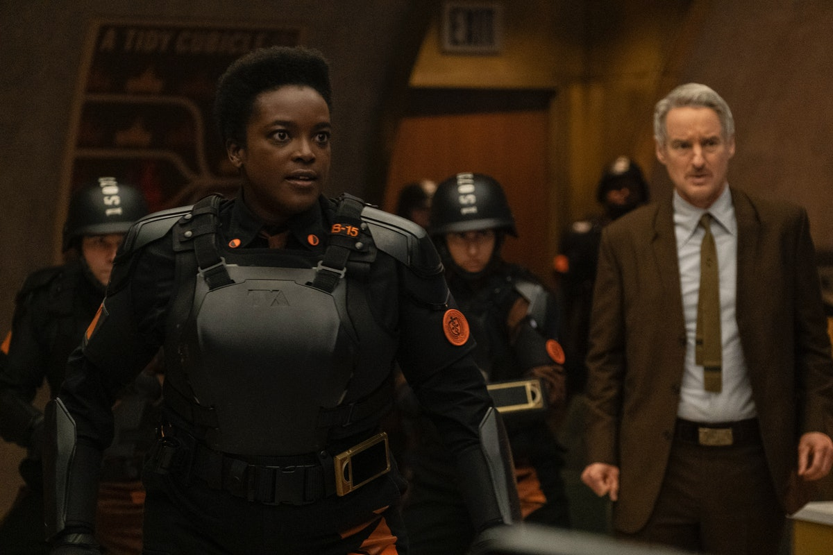 Wunmi Mosaku as Hunter B-15 and Owen Wilson as Agent Mobius, two members of the Time Variance Authority staff