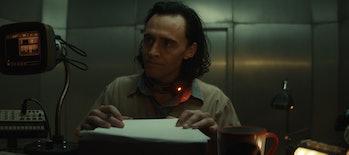 Tom Hiddleston in Loki Episode 1