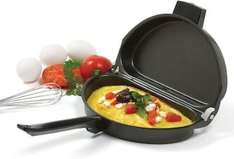 Norpro Nonstick Omelet Pan