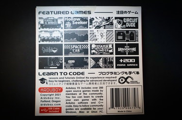 Arduboy FX review: 200 games are included with the handheld. Most of them are clones of classic games like Pokémon and Zelda.