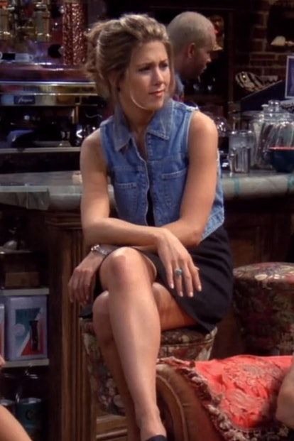 Rachel Green's top '90s looks from 'Friends' — overalls, slip dresses, chokers, and more — are just ...