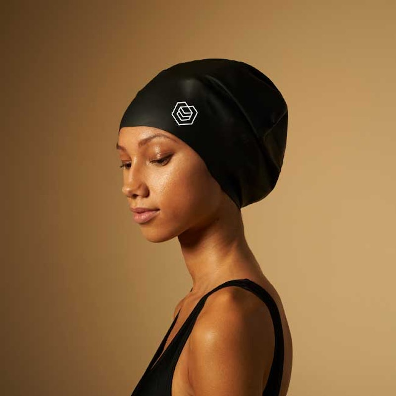 SOUL CAP swimming cap, which has been banned from the Olympics.