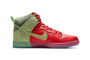 """Nike SB """"Toux à la fraise"""" Dunk High"""