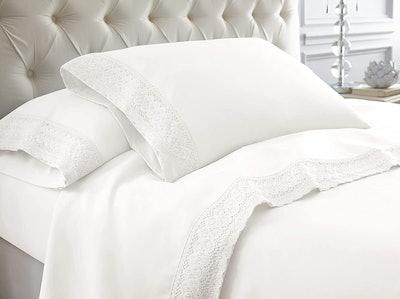 Amrapur Overseas Crochet Lace Bed Sheet Set