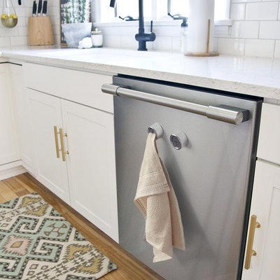 RICHYN Adhesive Kitchen Towel Hooks (2-Pack)