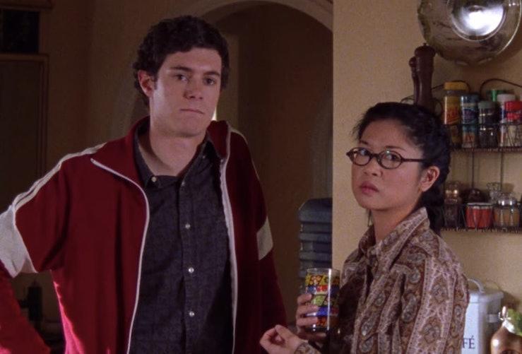 Adam Brody stars in Gilmore Girls.