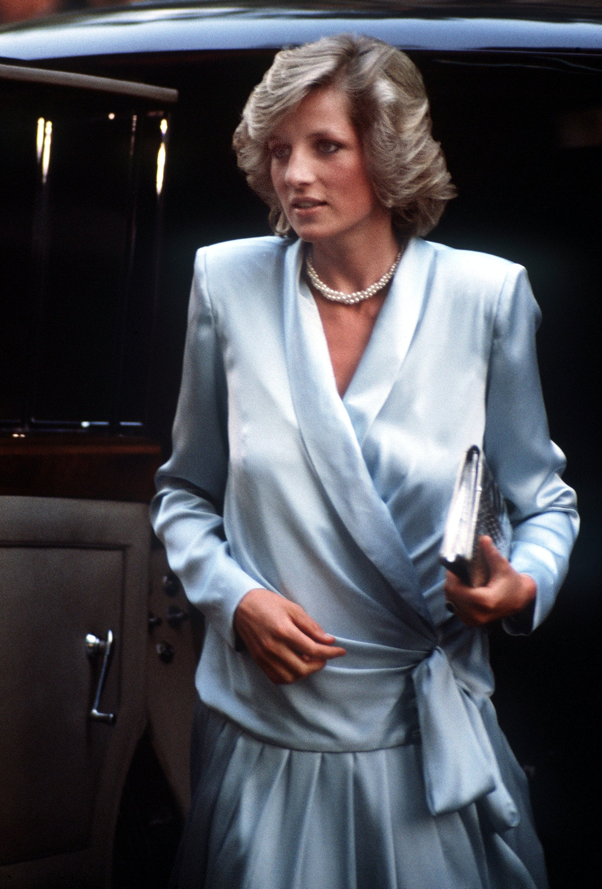 Princess Diana wearing a blue gown