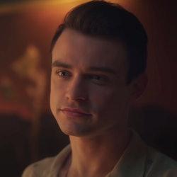 Thomas Doherty, who plays Max on the Gossip Girl reboot, via trailer screenshot.
