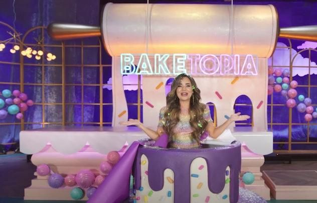 YouTuber Rosanna Pansino stars in the HBO Max original show, 'Baketopia.'