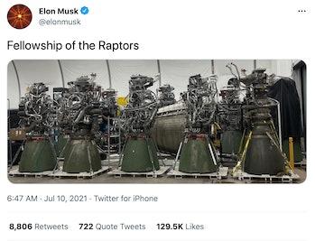 Musk's photo of the Raptor fleet.