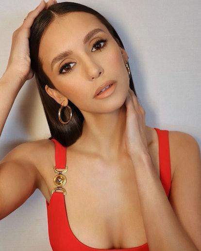 Nina Dobrev at ESPYs makeup selfie
