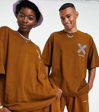 Unisex oversized t-shirt with print in brown co-ord
