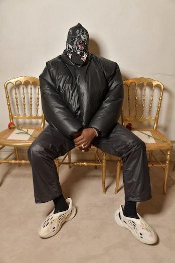 Yeezy Gap Round Jacket Black Kanye West
