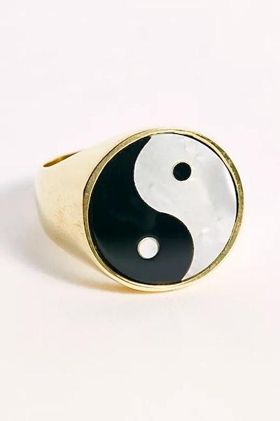 Everett Ring