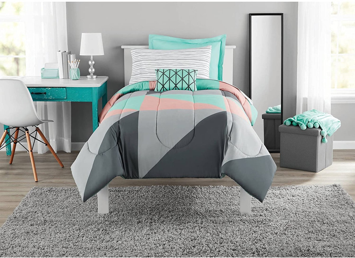 Mainstay Fun and Bold Geometric Bed In A Bag Set (6 Piece)