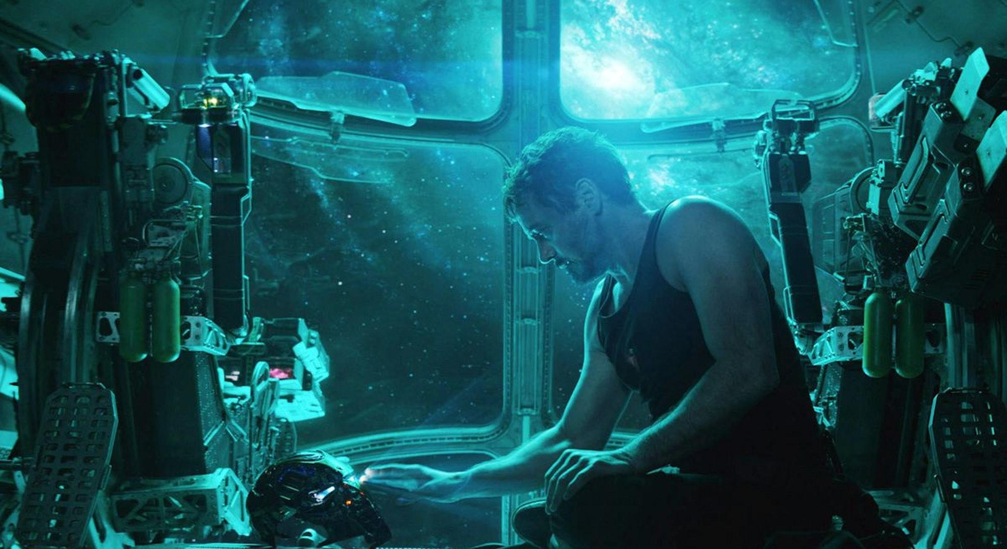 robert downey jr as iron man in spaceship