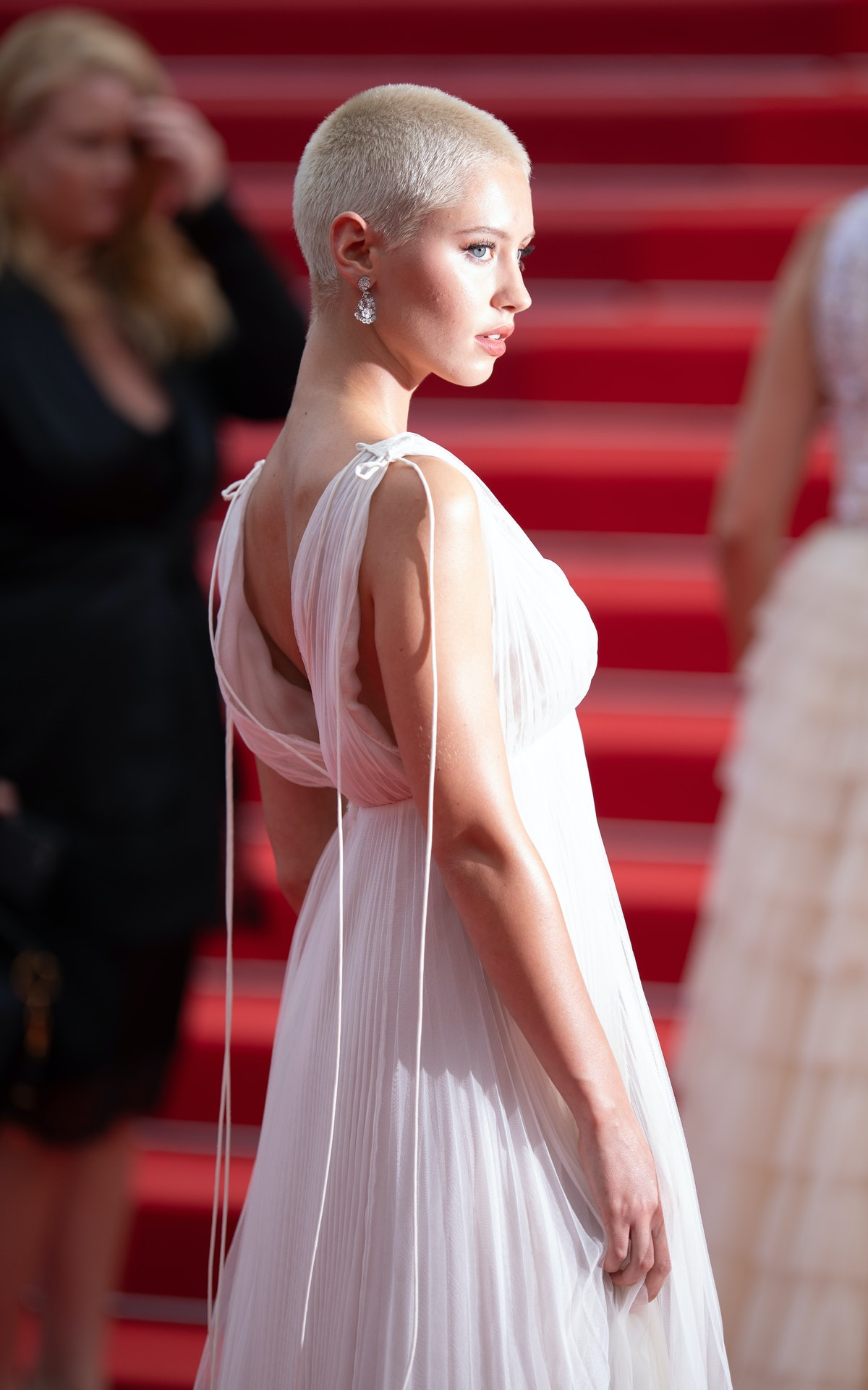 Iris Law showing off her new shaved head