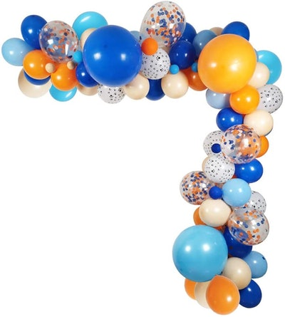 Bluey Balloon Garland