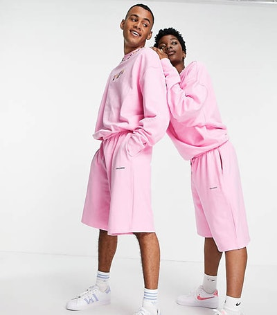 Unisex oversized shorts with print in pink co-ord