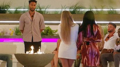 Teddy chooses between Faye and Rachel on 'Love Island' 2021