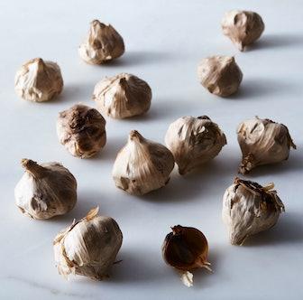 Fresh Black Garlic (1lb)