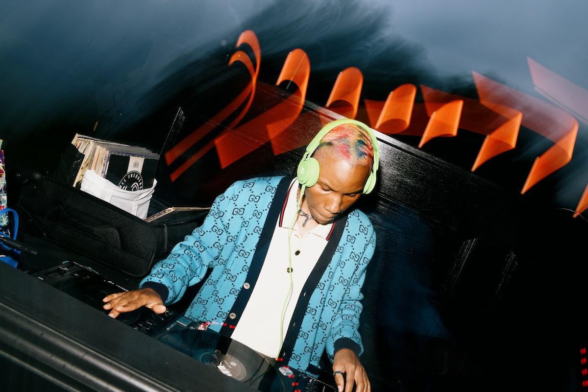 Tygapaw DJing