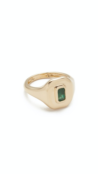 18k Gold Baguette Essential Pinky Ring