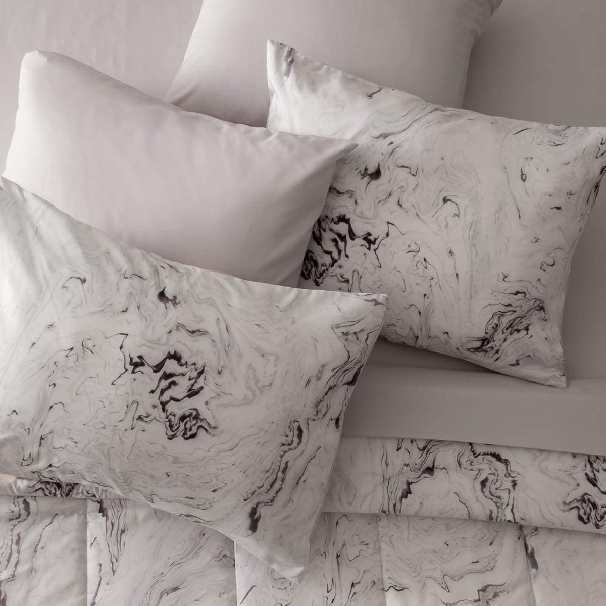 Dawn Marble Bed-in-a-Bag Comforter Set (5 Piece)