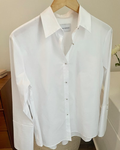 white shirt styling