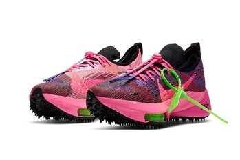 """Pink Glow"" Off-White x Nike Air Zoom Tempo NEXT%"