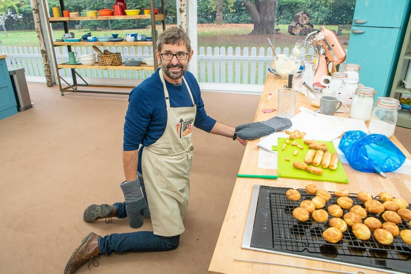 Twitter Can't Handle This NSFW Pun Posted On The Bake Off Account