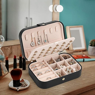 FEISCON Jewelry Box Storage Case