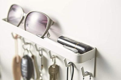 YAMAZAKI home Magnetic Key Rack with Tray